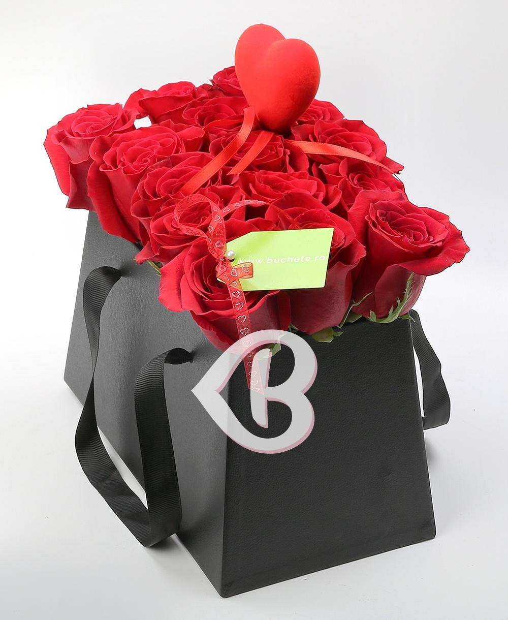 Imaginea produsului Trandafiri în Cutie Elegantă