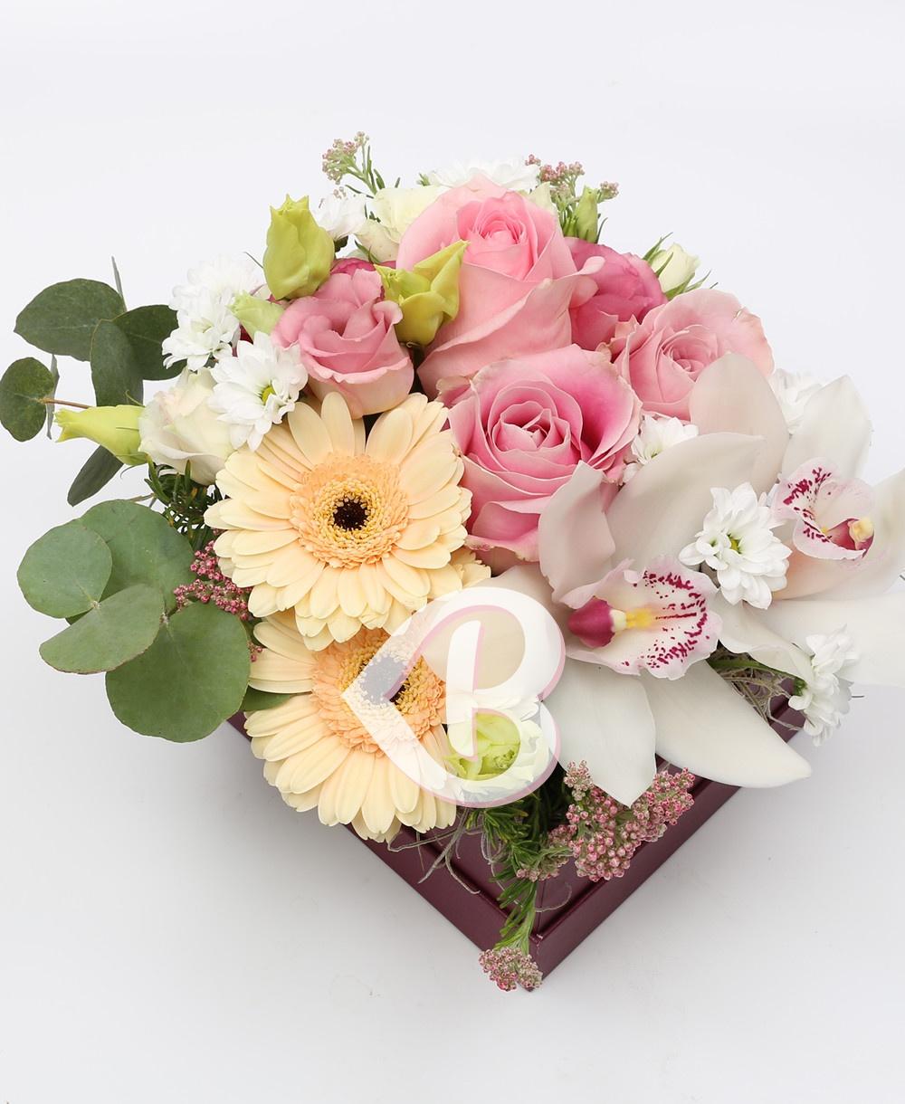 Imaginea produsului Cutie Cu Flori Delicate